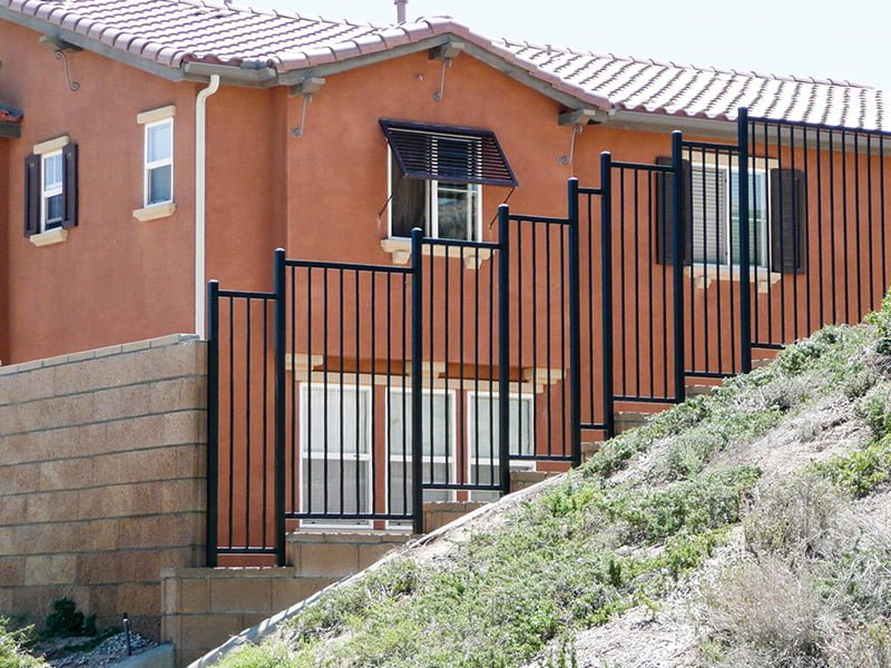 Vinyl fencing has so many advantages – Choose Duramax among vinyl fencing suppliers in USA