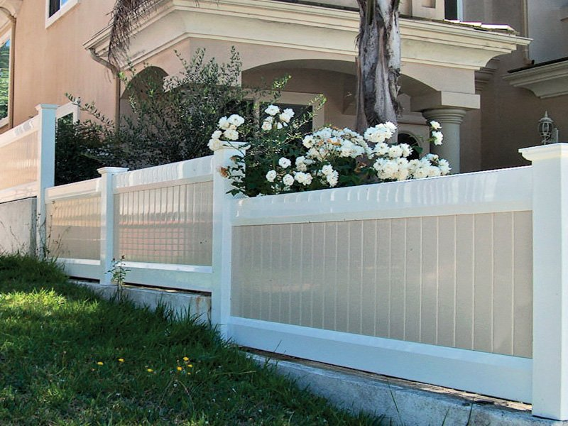 Duramax fence company offering low maintenance and high quality vinyl fences in the USA
