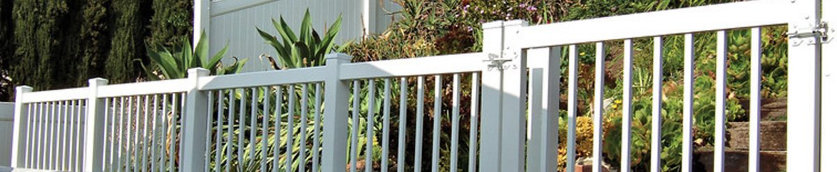 Installing vinyl privacy or semi-privacy fence from Duramax – Enjoy seclusion as per your requirement