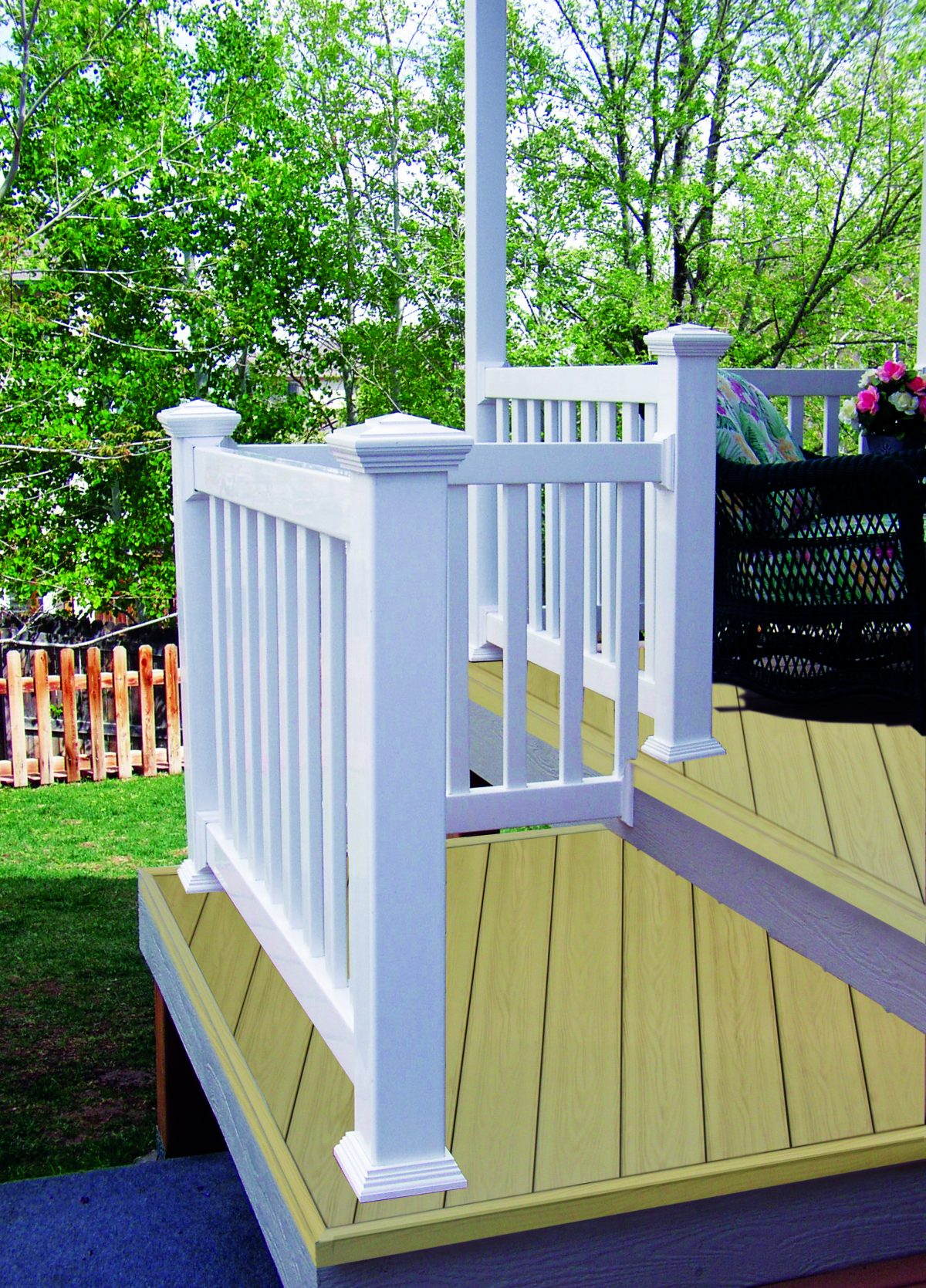Duramax designing vinyl fences that would last for a lifetime – We are the top Vinyl Fence Manufacturers in Orange County
