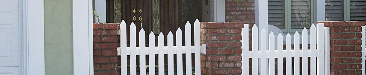 Shop for classy and elegant vinyl fences online from Duramax