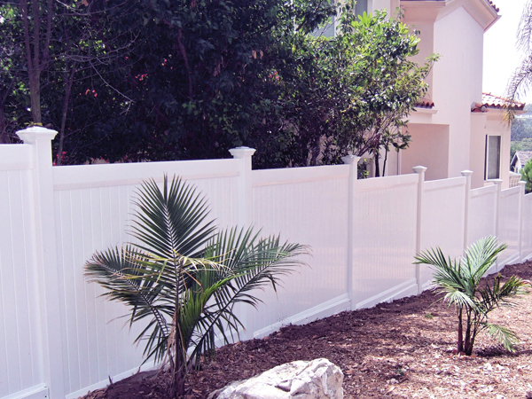 Do I Need a Commercial Vinyl Fencing For My Business? - vinyl, security, privacy, fencing, buseness
